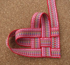 Inkle-Band-woven-heart-step