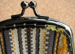 Inkle band change purse sew-in frame