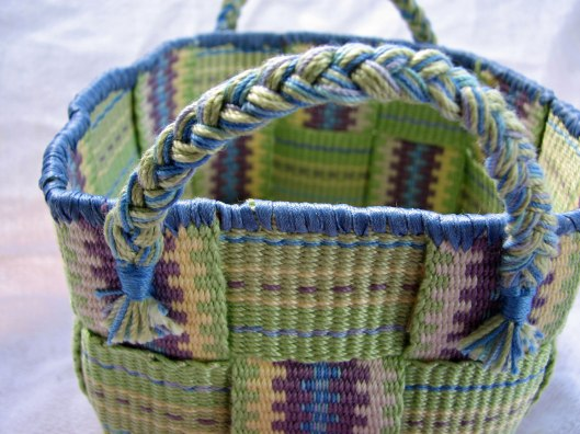 Inkle band basket embroidery edge